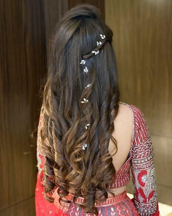 Engagement Hairstyle For Long Hair New Indian Bridal Hairstyles For Sangeet In 2020 Medium Hair Styles … Of New Engagement Hairstyle for Long Hair