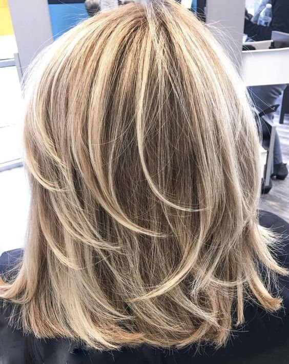 Feathered Layered Medium Hairstyle The Best Pin On Frisur Of Best Of Feathered Layered Medium Hairstyle