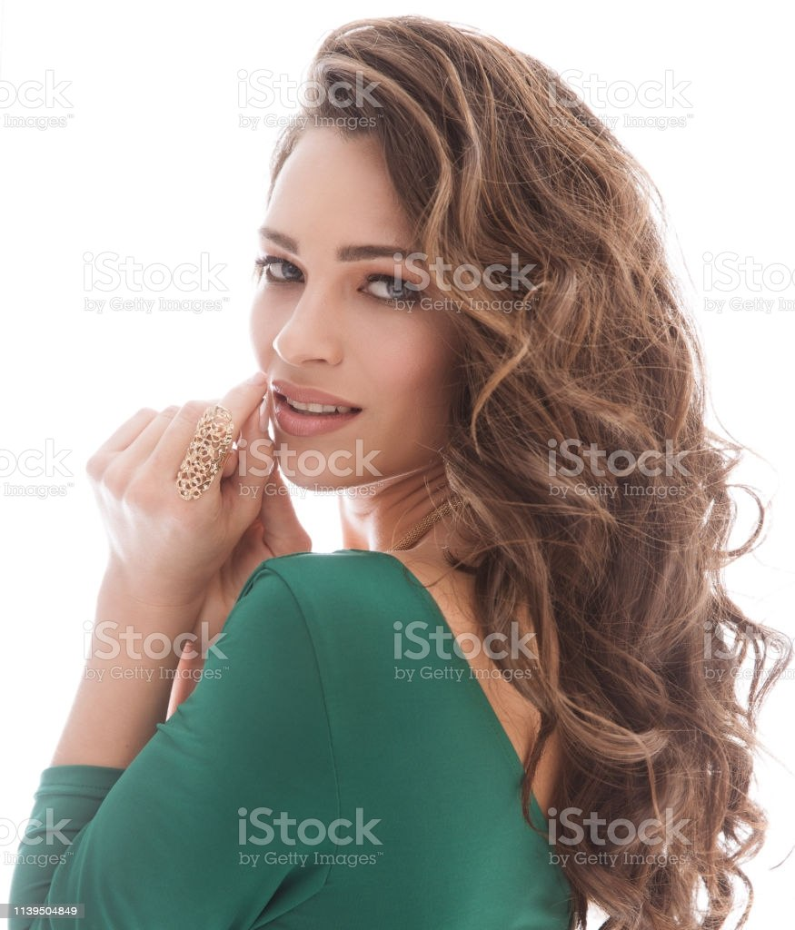 fashion models beauty portrait beautiful woman makeup curly hairstyle girl long hair gm