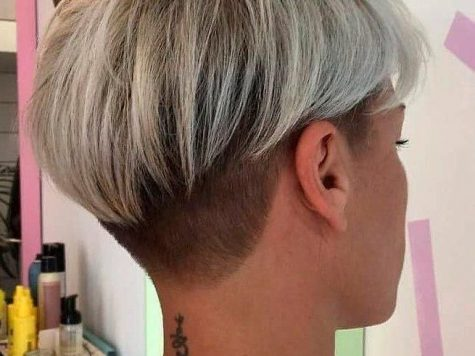 Short Hairstyle Undercut Best Collection Hübsche Pixie Mit Undercut #undercut #pixiehair ☆ Kurze Frisuren ...