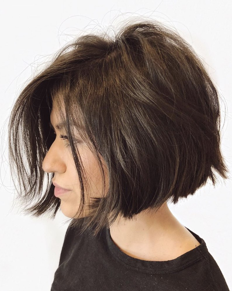 the best short hairstyles for thick hair