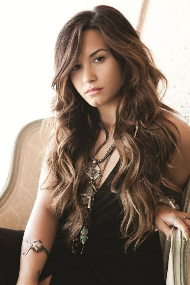 Wavy Long Hairstyle Best Collection Q: What's the Best Long Haircut for My Naturally Wavy Hair? Long ...