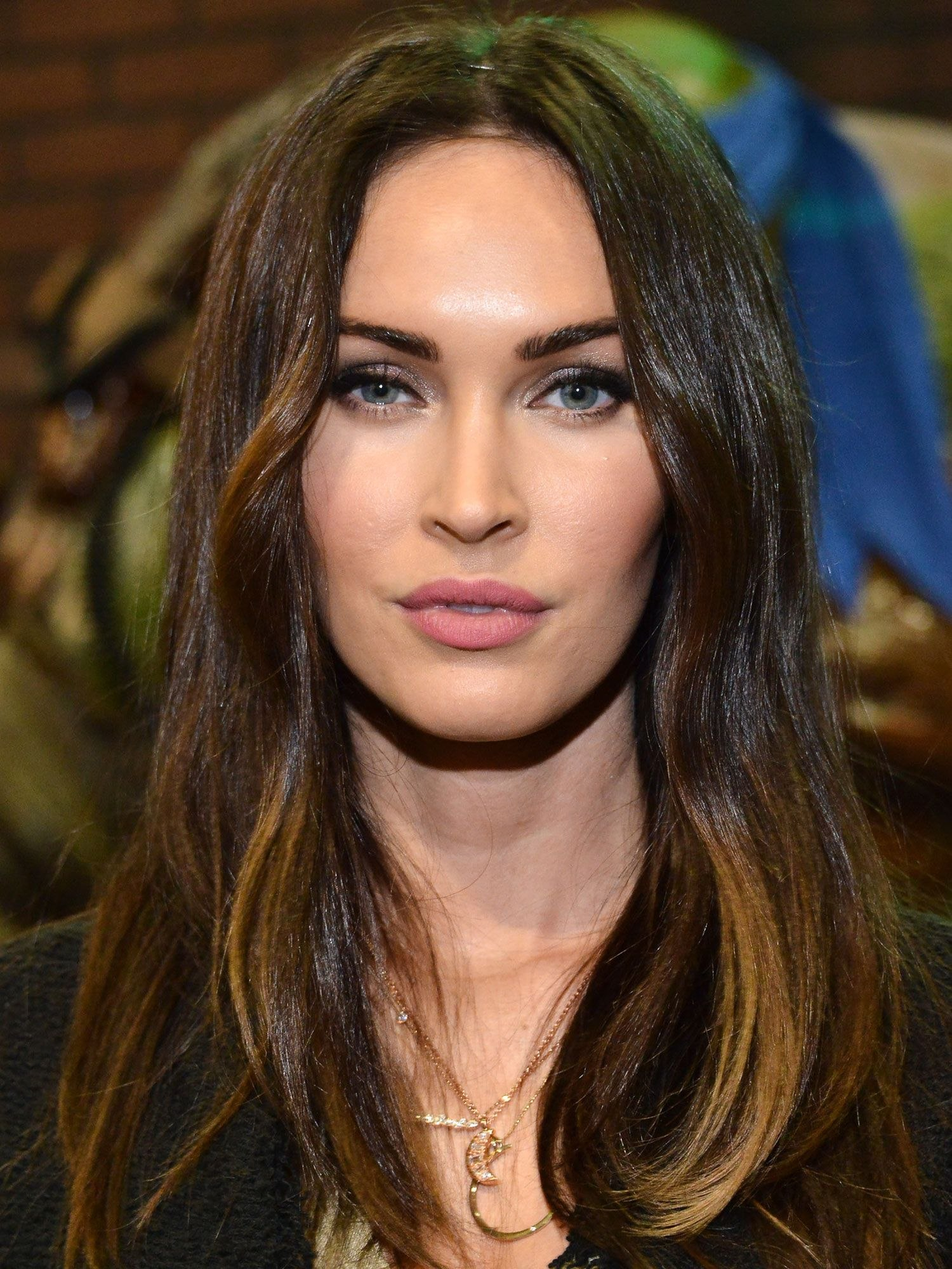 hairstyles for oval long faces